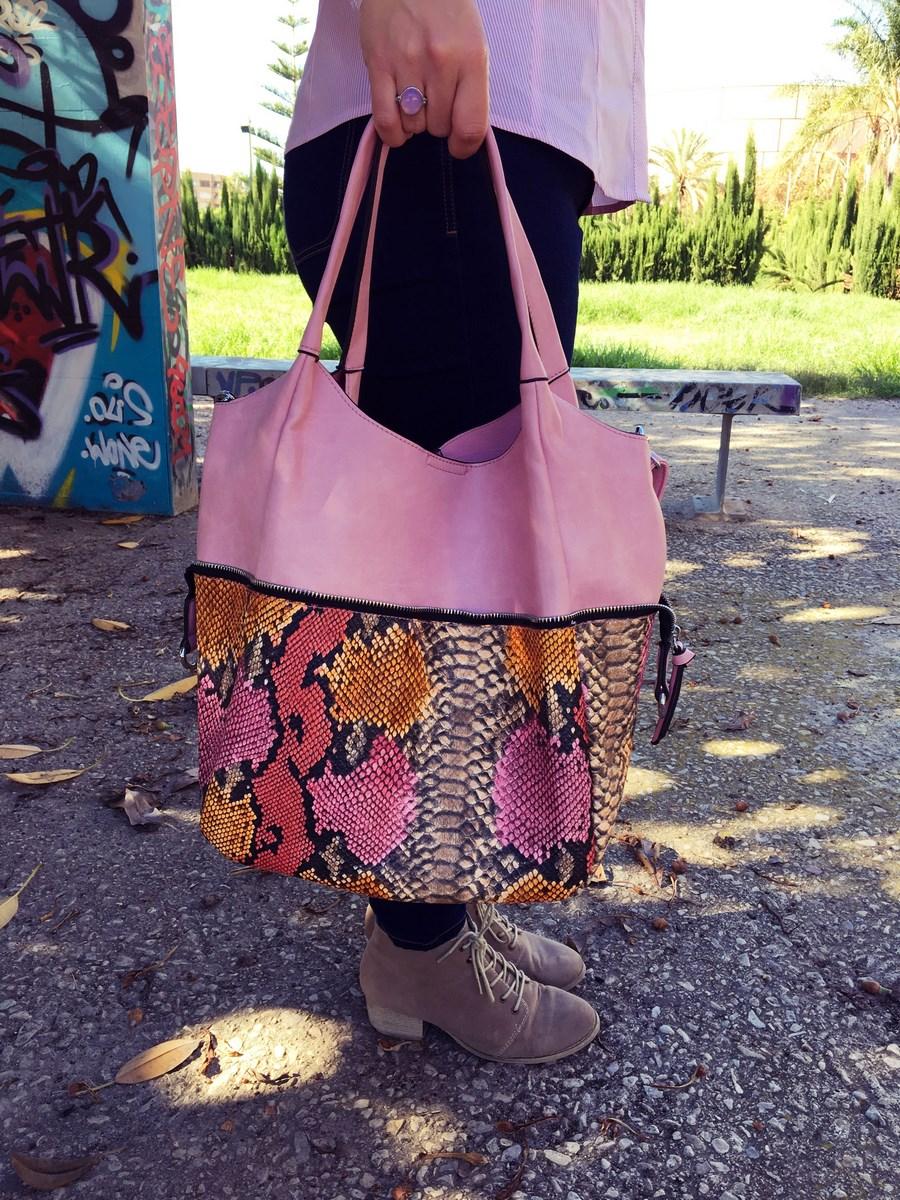 look_blusadiyconparches_streetstyle_fashionblogger_mivestidoazul-5
