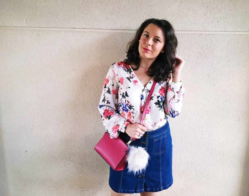look_bolsoconpompon_streetstyle_fashionblogger_mivestidoazul-1