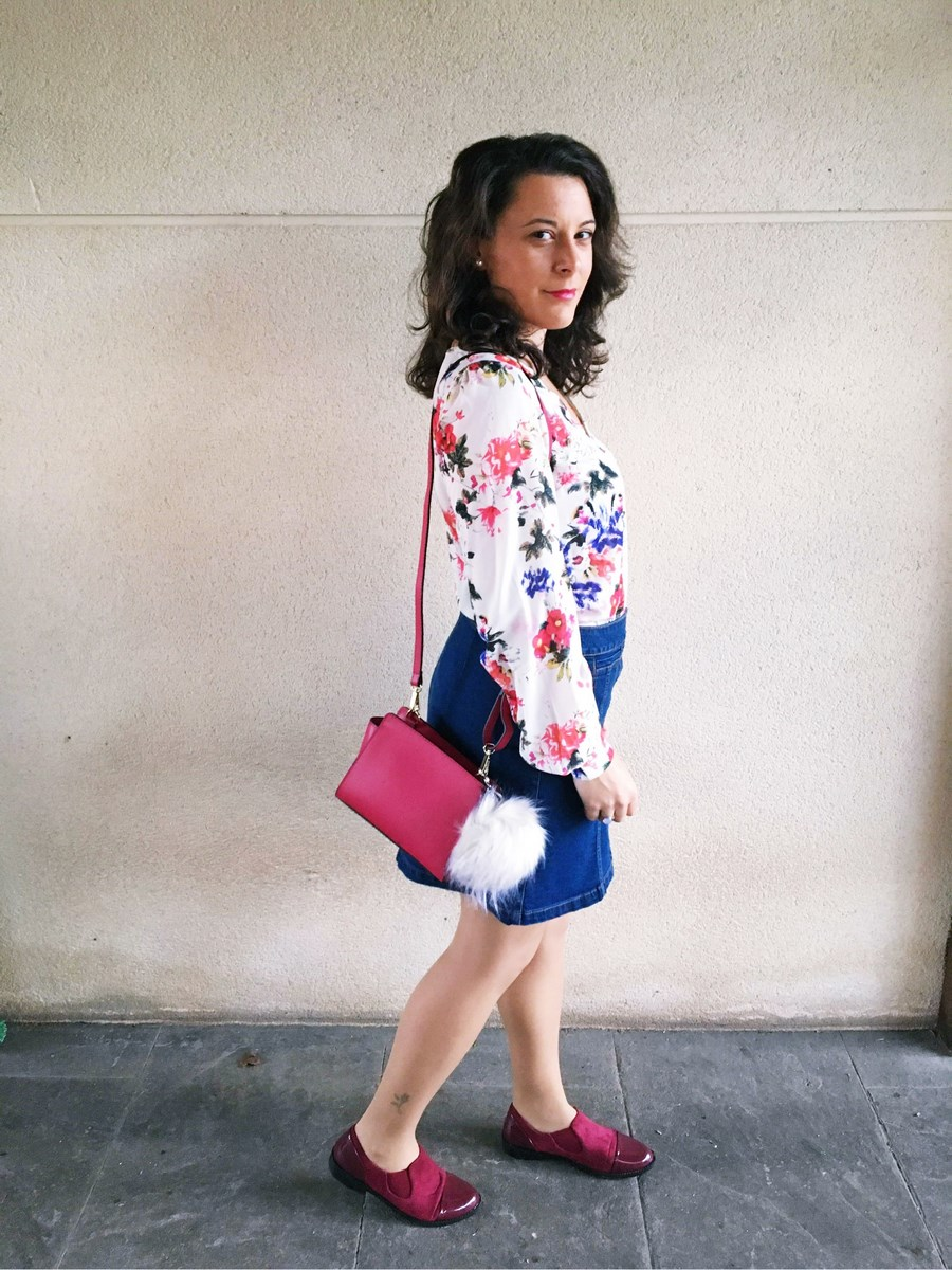 look_bolsoconpompon_streetstyle_fashionblogger_mivestidoazul-7