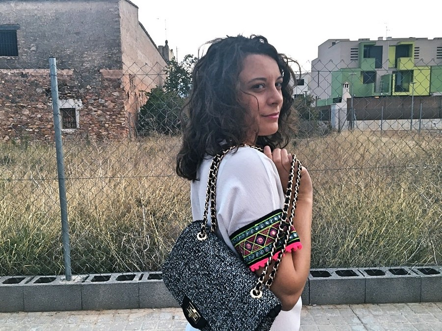 look_camisetadetallemangas_streetstyle_fashionblogger_blogdemoda_castellon_friendsfluencers_influencer_fashionista-13