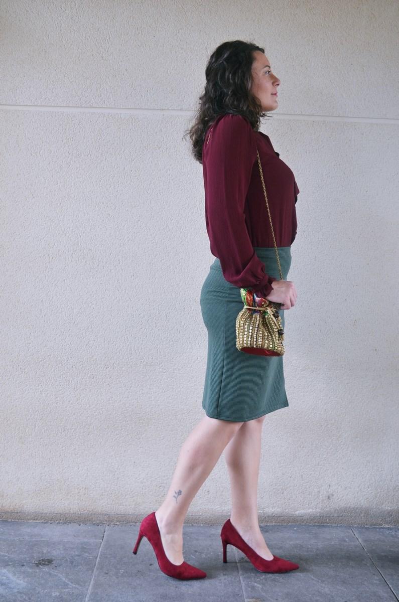 look_burdeosycaqui_streetstyle_outfit_fashionblogger_mivestidoazul-5