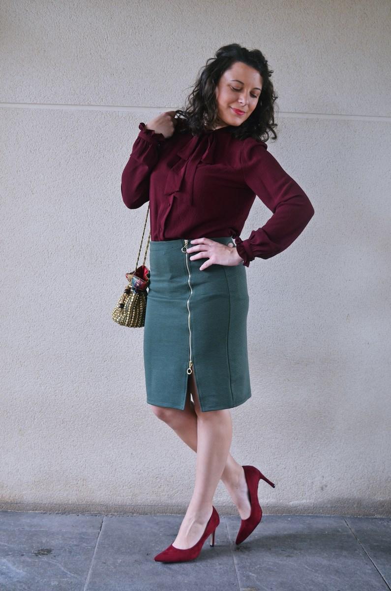 look_burdeosycaqui_streetstyle_outfit_fashionblogger_mivestidoazul-6