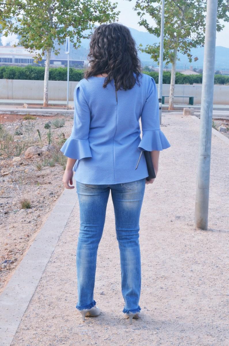 look_blusamangasacampanadasymetalizados_streetstyle_fashionbloggermivestidoazul-6