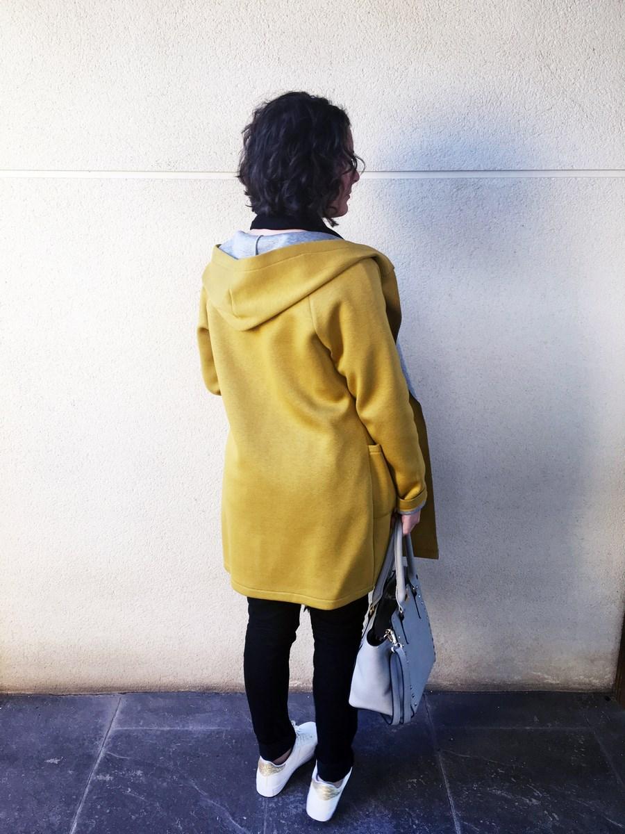 look_streetstyle_chaquetaamarilla_mivestidoazul_blogdemoda_castellon_fashionblogger_influencer_itgirl_outfit_spain-3