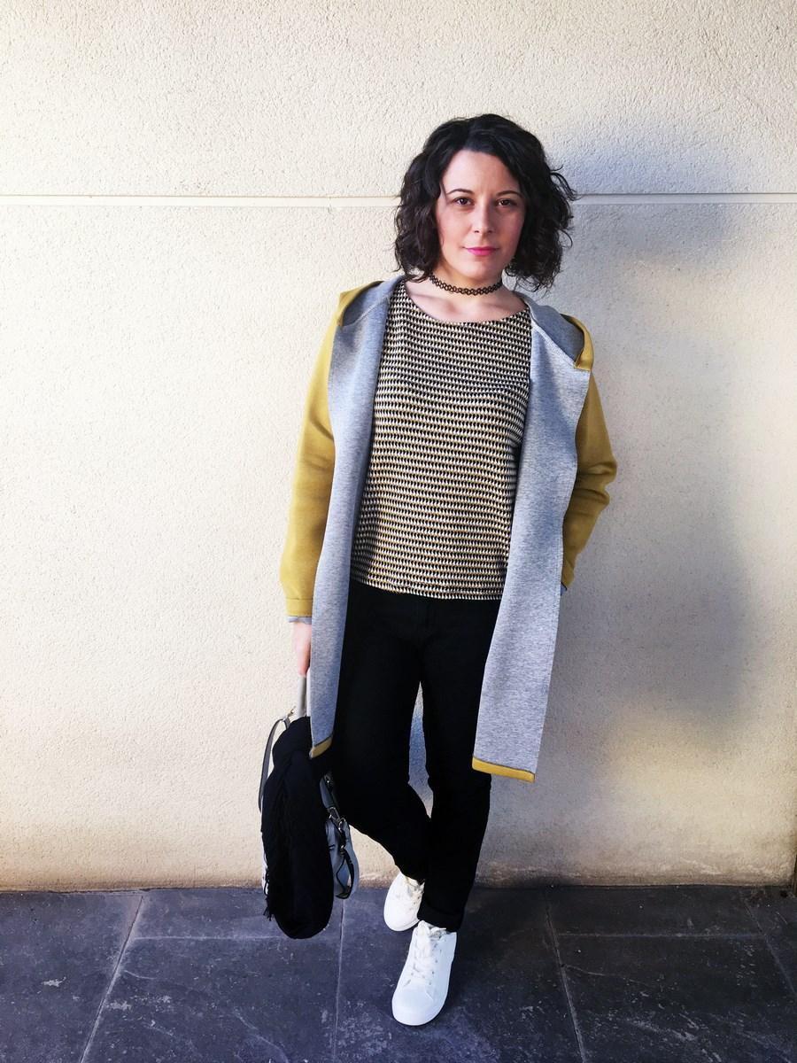 look_streetstyle_chaquetaamarilla_mivestidoazul_blogdemoda_castellon_fashionblogger_influencer_itgirl_outfit_spain-6