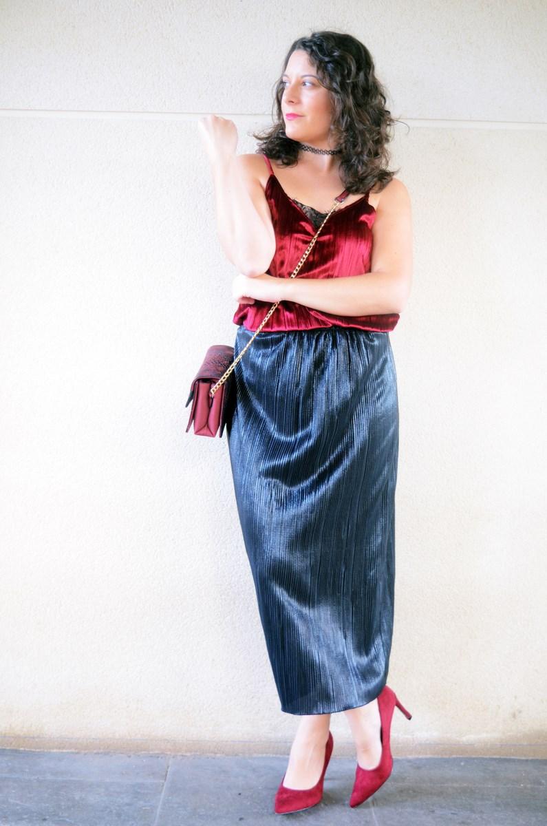 look_topdeterciopelo_burdeos_fashionblogger_streetstyle_mivestidoazul-1