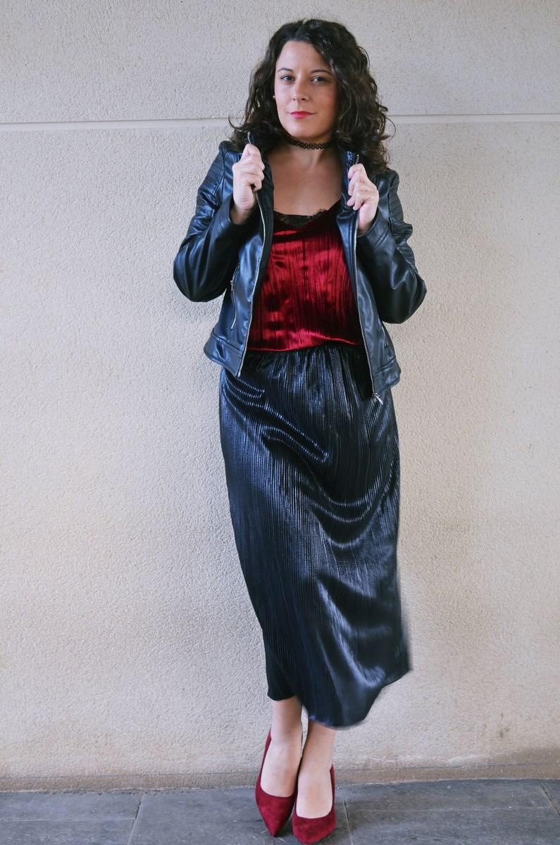 look_topdeterciopelo_burdeos_fashionblogger_streetstyle_mivestidoazul-15