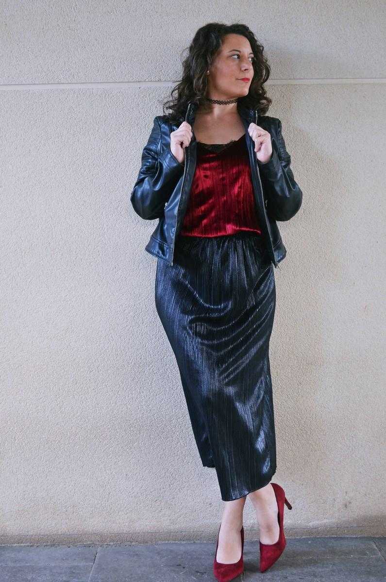 look_topdeterciopelo_burdeos_fashionblogger_streetstyle_mivestidoazul-17