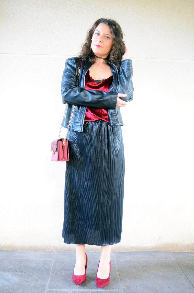 look_topdeterciopelo_burdeos_fashionblogger_streetstyle_mivestidoazul-5