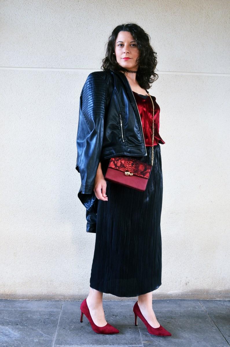 look_topdeterciopelo_burdeos_fashionblogger_streetstyle_mivestidoazul-8