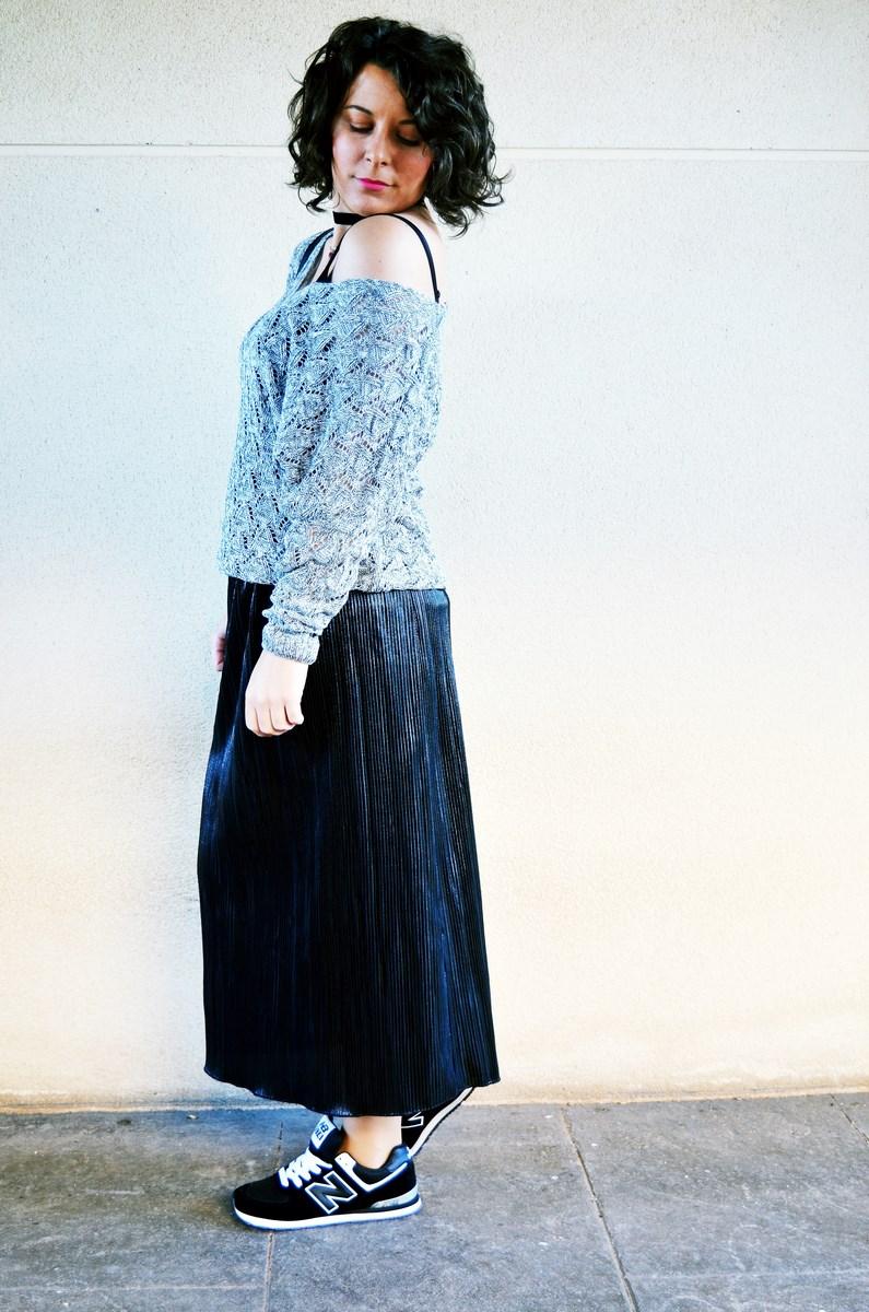 look_faldaplisadametalizadayzapatillas_streetstyle_mivestidoazul_fashionblogger_blogdemoda_castellon_influencer-3