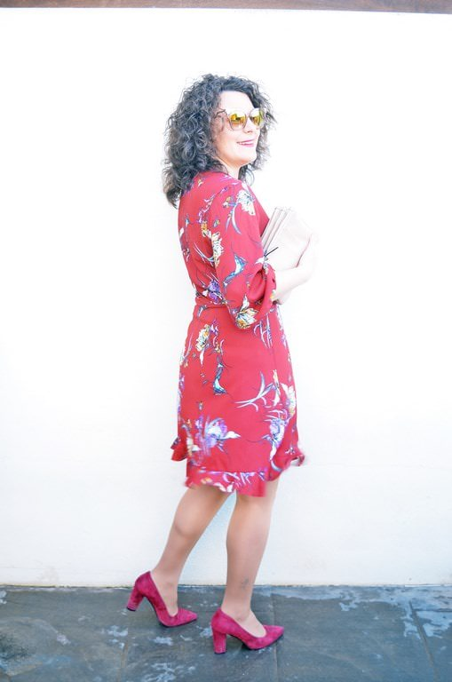 Moderno Vestido Encima Del Partido Congelada Viñeta - Ideas de ...