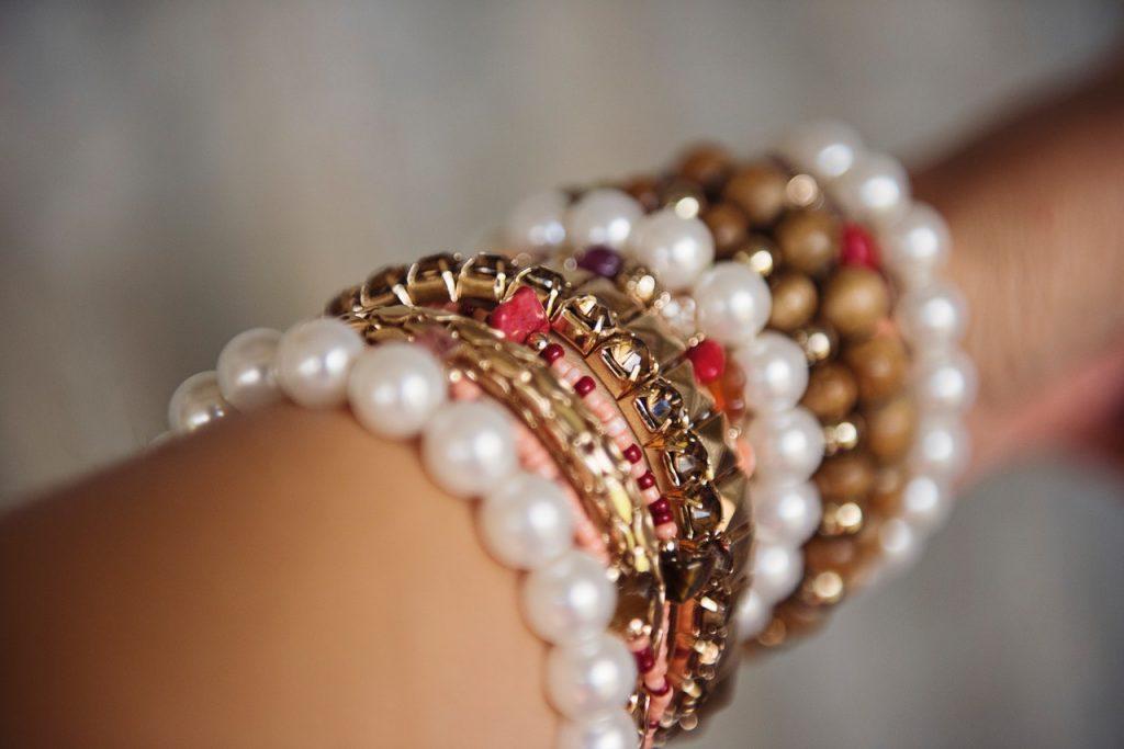Regala joyas personalizadas para una ocasión especial