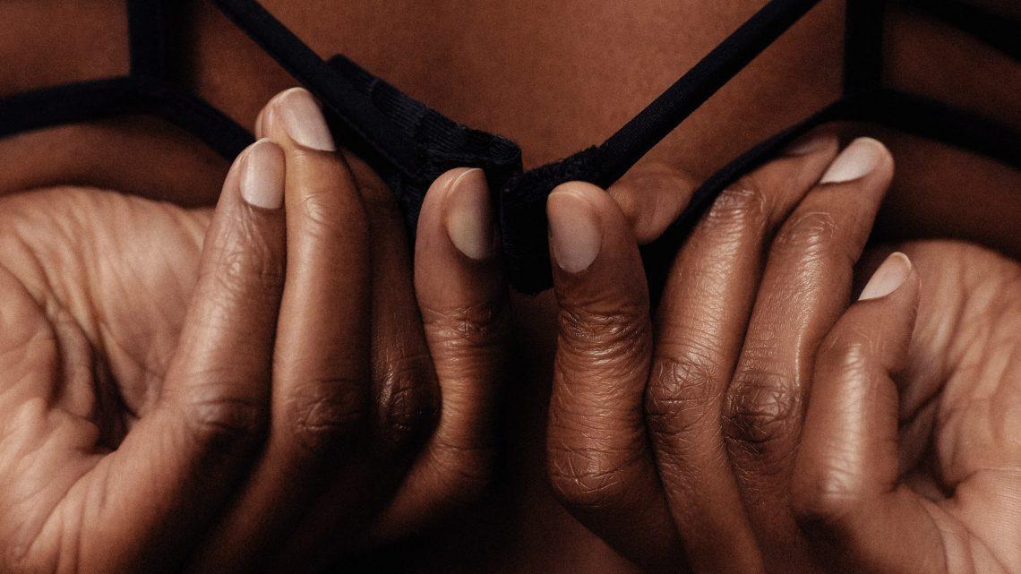 Consejos para comprar lencería sexy online